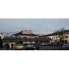 LED-fal-Fehérvár. McDonalds étterem tetején-2020